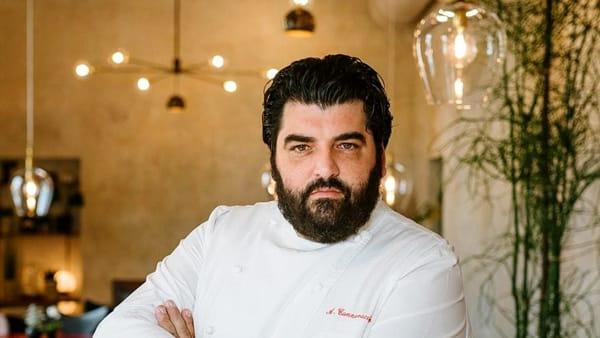 """Cannavacciulo racconta  """"A 13 anni lo chef in cucina, mi riempiva di botte"""""""