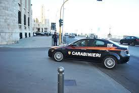 Momenti di terrore a Bari in Corso Sonnino, carabinieri, vigili del fuoco e polizia bloccano il traffico