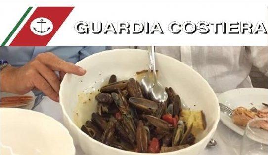 Bari denunciati per aver mangiano datteri al ristorante ad incastrarli una foto postata su Facebook