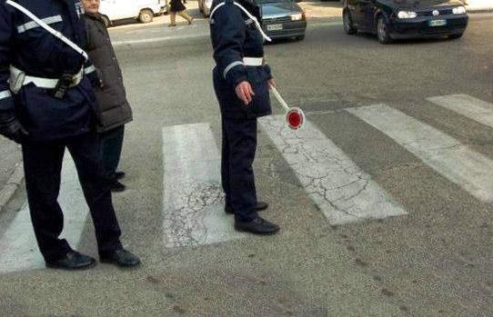 Puglia, gravissimo incidente stradale,  un morto