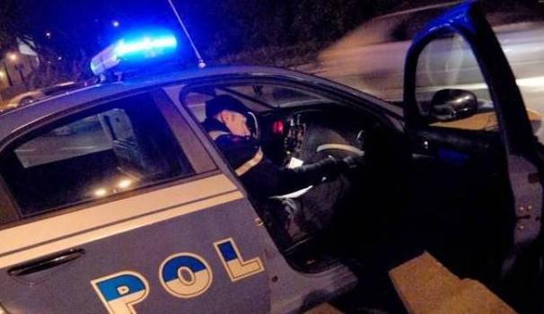Italia, auto precipita da una rampa sulla Tangenziale: quattro ragazzi feriti