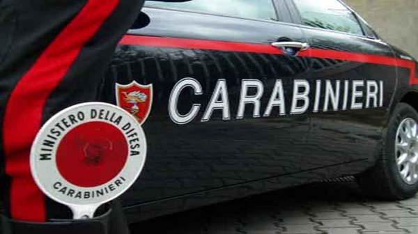 Choc in caserma: comandante dei carabinieri si spara con l'arma d'ordinanza