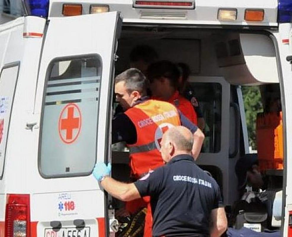 Puglia immane disgrazia, bambina di 10 anni muore a causa di un pezzo di carne di traverso
