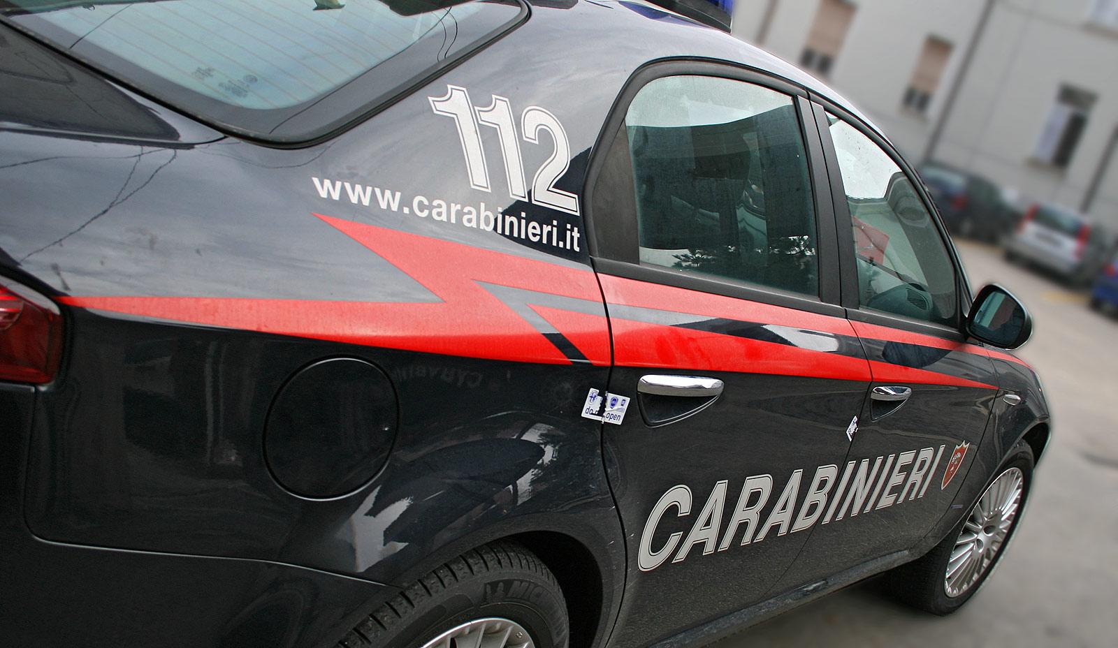 Puglia, terribile incidente ragazzo muore carbonizzato, nella sua auto in fiamme