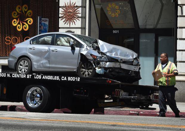 Grave lutto nel mondo della musica, giovane e famosa cantante muore per terribile incidente d'auto
