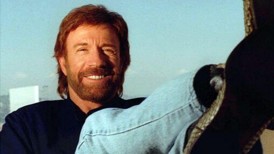 Gravissimo malore per Chuck Norris colpito da due arresti cardiaci nel giro di 45 minuti