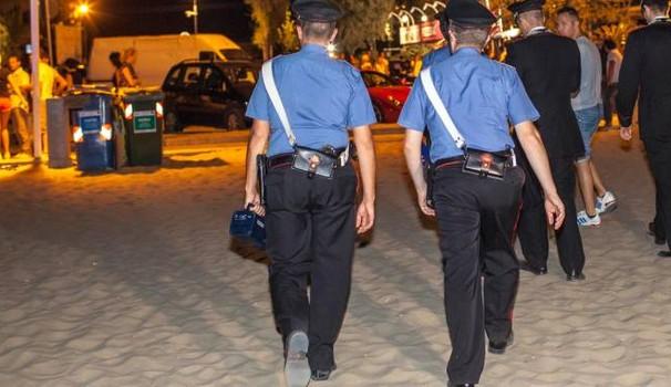 Dopo Rimini, attimi di terrore per coppietta appartata sulla spiaggia circondata e rapinata da tre africani