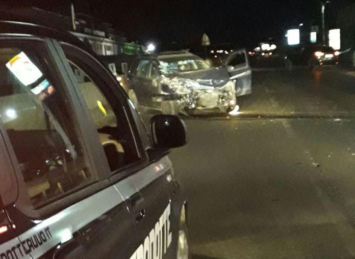 Incidente in Salento, auto a fuoco: morti due giovani, altri due feriti