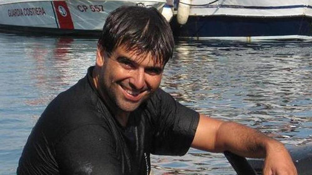 Ho ritrovato il corpo era del mio amico Tonino era morto e ho pianto disperatamente, il commovente racconto di Paolo amico del sub annegato dopo immersione
