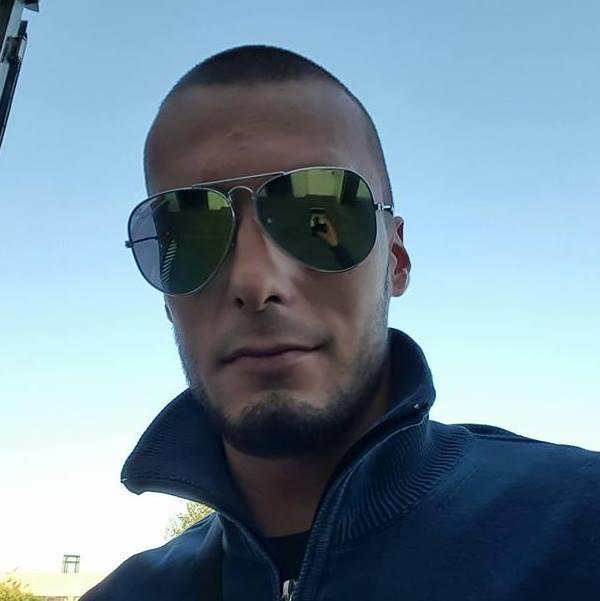 Schianto choc nella notte, Gianmarco muore a 25 anni incastrato tra le lamiere