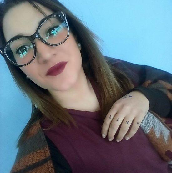 """Puglia, l'ultimo inquietante post su Facebook di Noemi la 16enne scomparsa, """"Non è amore se ti picchia"""""""