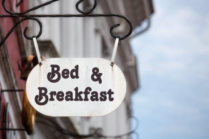 Lite tra turisti in un bed & breakfast: uomo ucciso con una coltellata