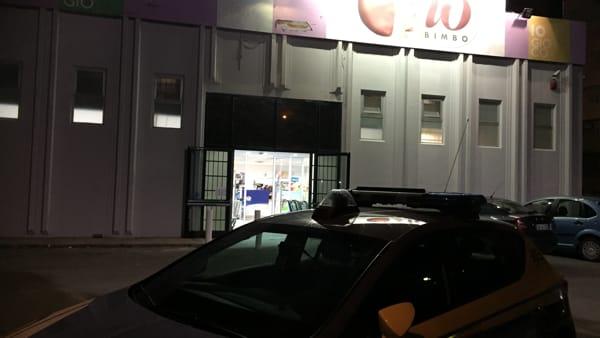Puglia, panico a Io Bimbo due banditi fanno irruzione armati di coltello e fuggono con l'incasso, il negozio era pieno di clienti