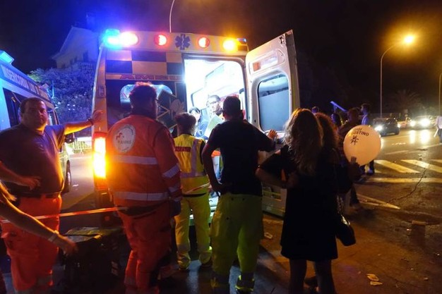 Strada Provinciale 231 direzione Bari, violento scontro tra due auto, cinque i feriti
