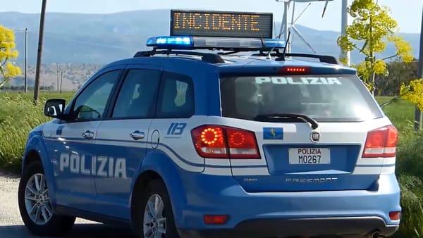 Puglia, spaventoso incidente mortale, ragazzo si ribalta con l'auto e perde la vita, il suo corpo estratto dalle lamiere