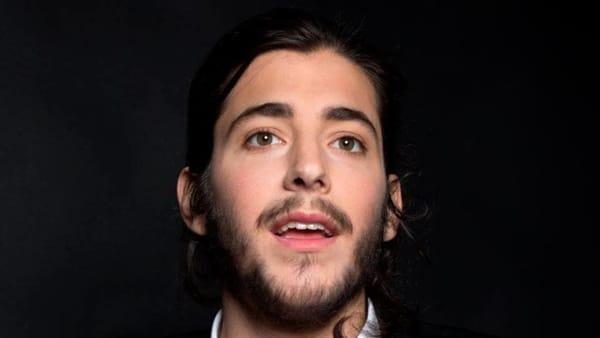 Ricoverato famoso cantante vincitore dell'Eurovision Song, è gravissimo in attesa di trapianto di cuore