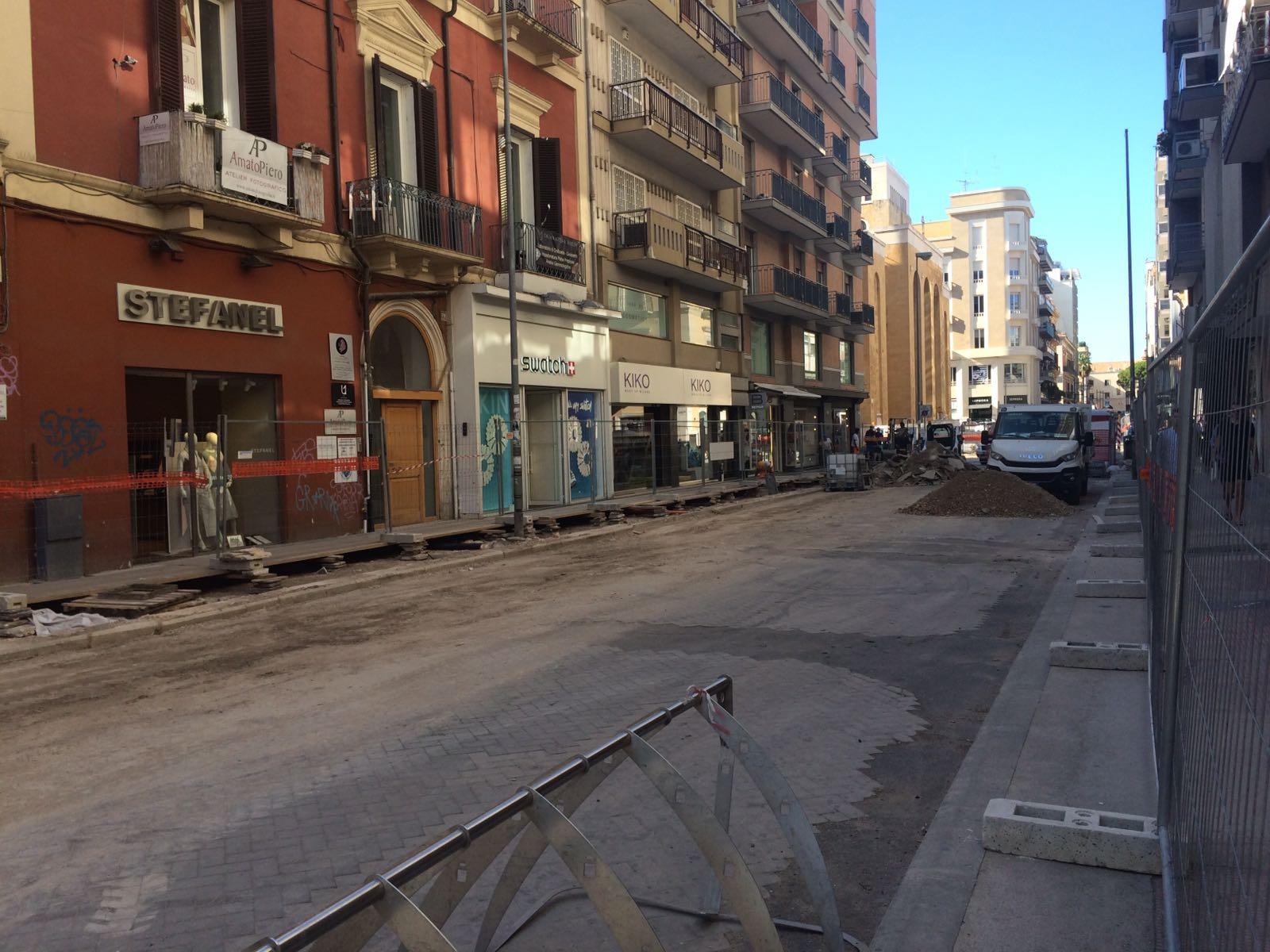 Restyling via Sparano iniziati i lavori sul quinto isolato tra via Calefati e via Putignani
