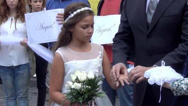 13enne viveva segregata, era stata venduta come sposa per 15mila euro dal papà ad un suo conoscente