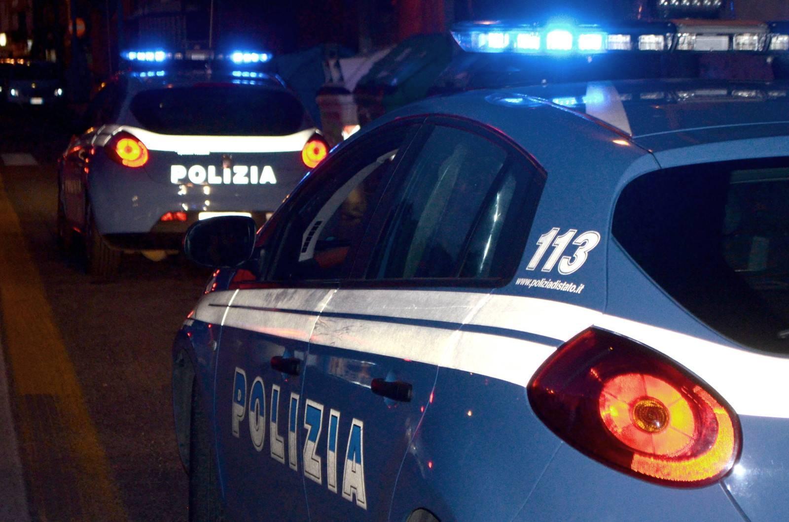 Terrore All'alba In Puglia Banditi Irrompono Armati In