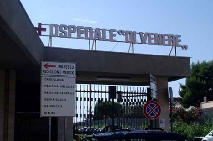 Bari neonata muore per litigio tra medici per utilizzo sala operatoria, cinque indagati al Di Venere