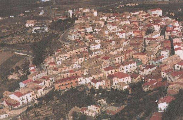 Singolare iniziativa, paese in Puglia offre 2 mila euro a chi si trasferisce a vivere lì