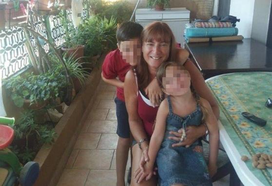 E' morto un angelo. Antonela non ce l'ha fatta, fu travolta da un'auto dopo aver fatto scudo ai suoi due figli