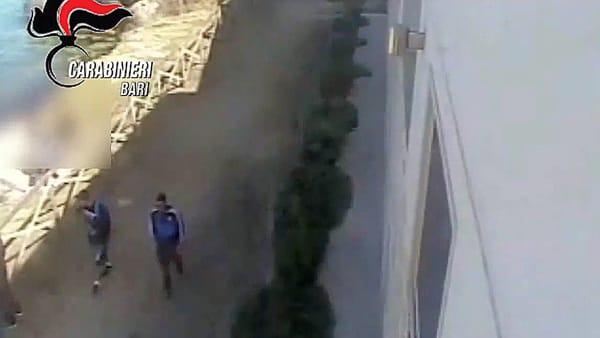 Bari, uccise 77enne spingendolo dagli scogli, 17enne farà il volontario in un centro per anziani