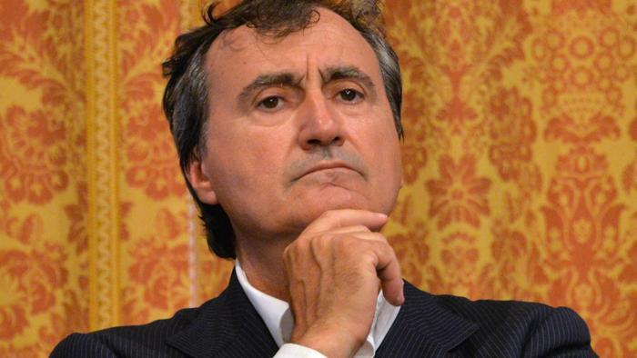 """Si lamentano del conto da 500 euro, sindaco: """"Pezzenti, il conto è giusto, siamo a Venezia"""""""