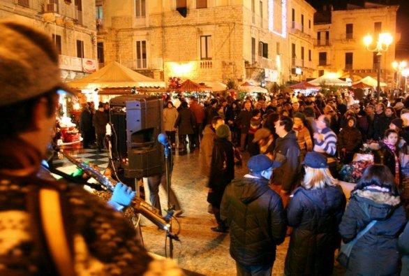 Bari ok per i mercatini di Natale, 22 chioschi sulla Muraglia e in piazza Mercantile