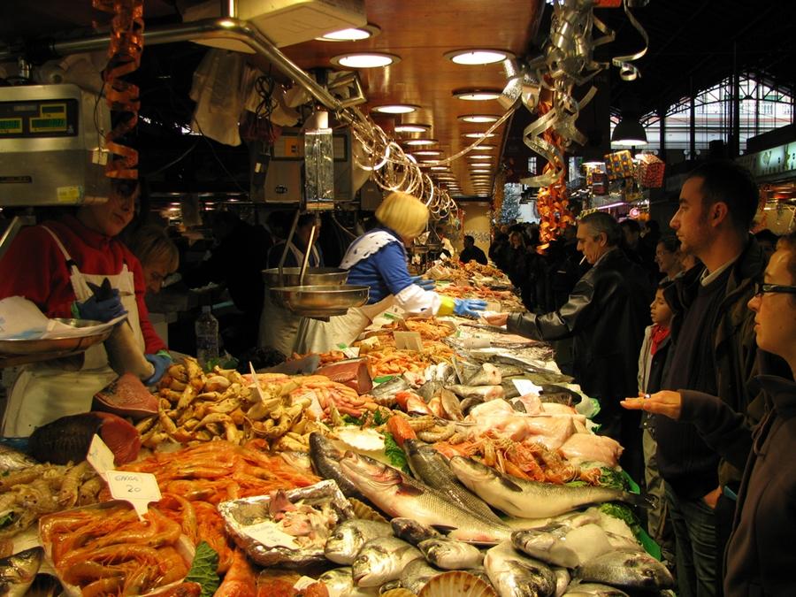 Bari, rivoluzione a Natale mercati aperti anche di domenica