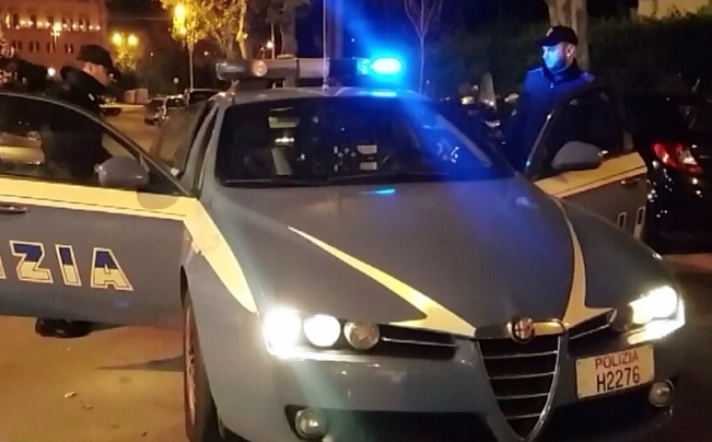 Puglia violenta rapina in un panificio, dipendenti sdraiati a faccia in giù, i banditi fuggono con un bottino di 15 euro