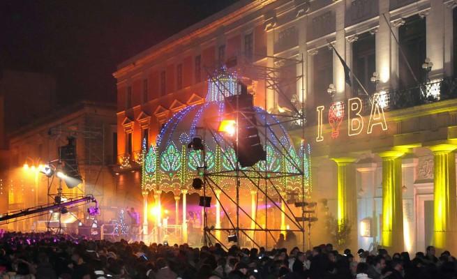 Bari, svelato l'ospite per gran concerto in piazza per fine anno, è uno dei più famosi cantanti italiani