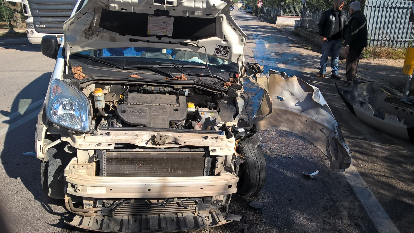 Trani-Corato terribile incidente stradale, un ferito gravissimo