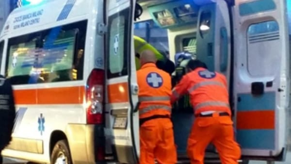 Gravissimo incidente in tangenziale, coinvolte quattro auto, ci sono vittime
