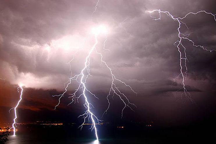Puglia, Protezione civile diramata nuova allerta meteo, previste piogge intense e tempeste elettriche