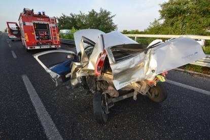 Bari, terribile incidente stradale, all'altezza di Triggiano diverse le auto coinvolte