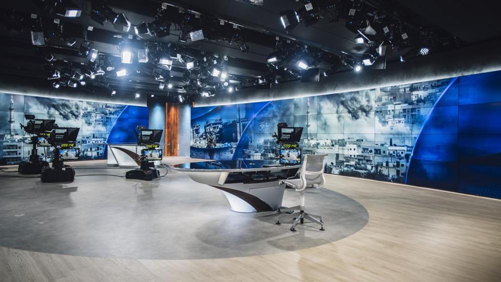 Dramma nel mondo del giornalismo, muore noto giornalista Sky mentre si allena in palestra
