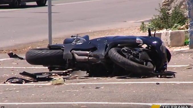 Puglia, gravissimo incidente, una moto impatta con un'auto, 34enne gravissimo
