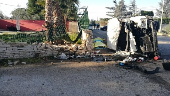 Puglia, morte dei due fratelli per incidente stradale all'alba, arrestato per omicidio plurimo stradale 25enne