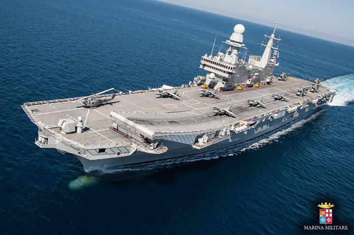 Bari nel prossimo weekend sarà possibile gratuitamente nel Porto di Bari visitare la maestosa portaerei Cavour, nave ammiraglia della Marina Militare