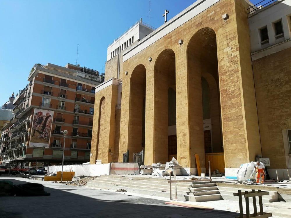 Bari, parroco della chiesa di San Ferdinando minacciato di morte da extracomunitario
