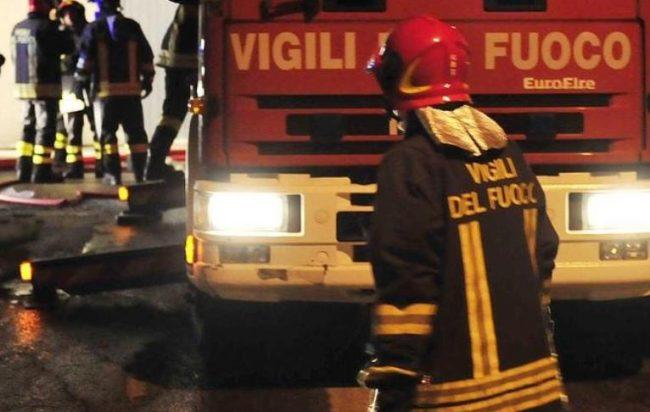 Puglia, fortissima esplosione nella notte, bomba carta a una scuola di ballo