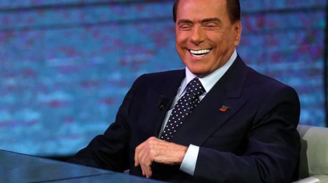 Donna muore a 88 anni e lascia l'eredità di 3 milioni di euro a Silvio Berlusconi