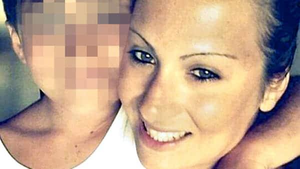 """""""Raccontate il giorno più brutto"""": l'alunno racconta l'uccisione della madre"""