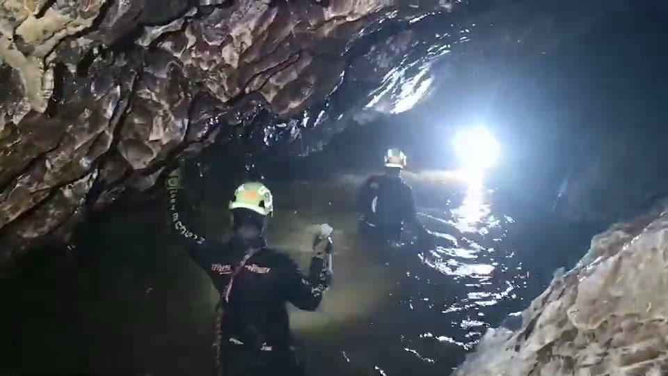 Thailandia, salvati dalla grotta i primi quattro ragazzi. Soccorsi sospesi per 10 ore