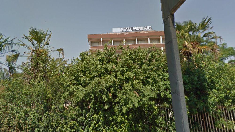 """Puglia, in pochi minuti a fuoco noto Hotel, i vigili del fuoco """"incendio di dimensioni importanti"""""""