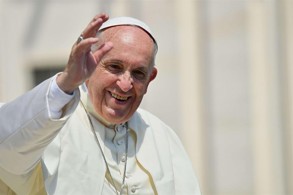 Durante visita del Papa a Bari sarà vietato sentirsi male, l'assistenza sanitaria sarà assente