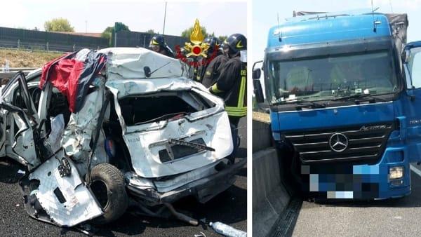 Incidente mortale in autostrada, auto travolta da un tir, nulla da fare per una donna