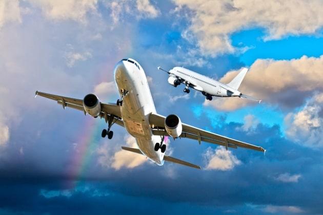Attimi di terrore sul volo Zurigo – Bari per un pacco sospetto, aereo costretto a invertire la rotta, molti baresi a bordo
