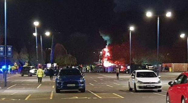 Leicester, elicottero del presidente precipita fuori lo stadio subito dopo la partita di Premier
